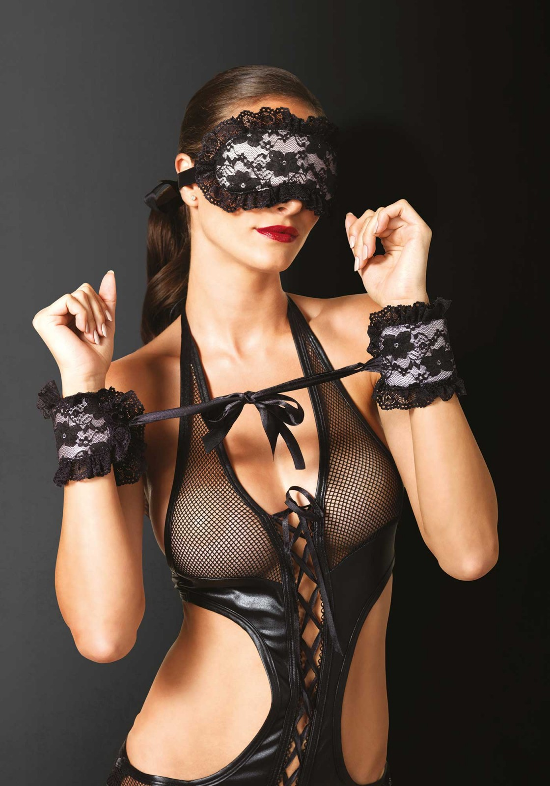 In for a little roleplay? These floral lace satin lined soft cuffs and eye mask will set your fantasy free.